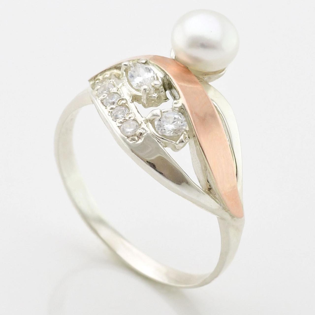 """Серебряное кольцо с золотыми пластинами """"Лора"""", вставка белые фианиты, вес 4.17 г, размер 17"""