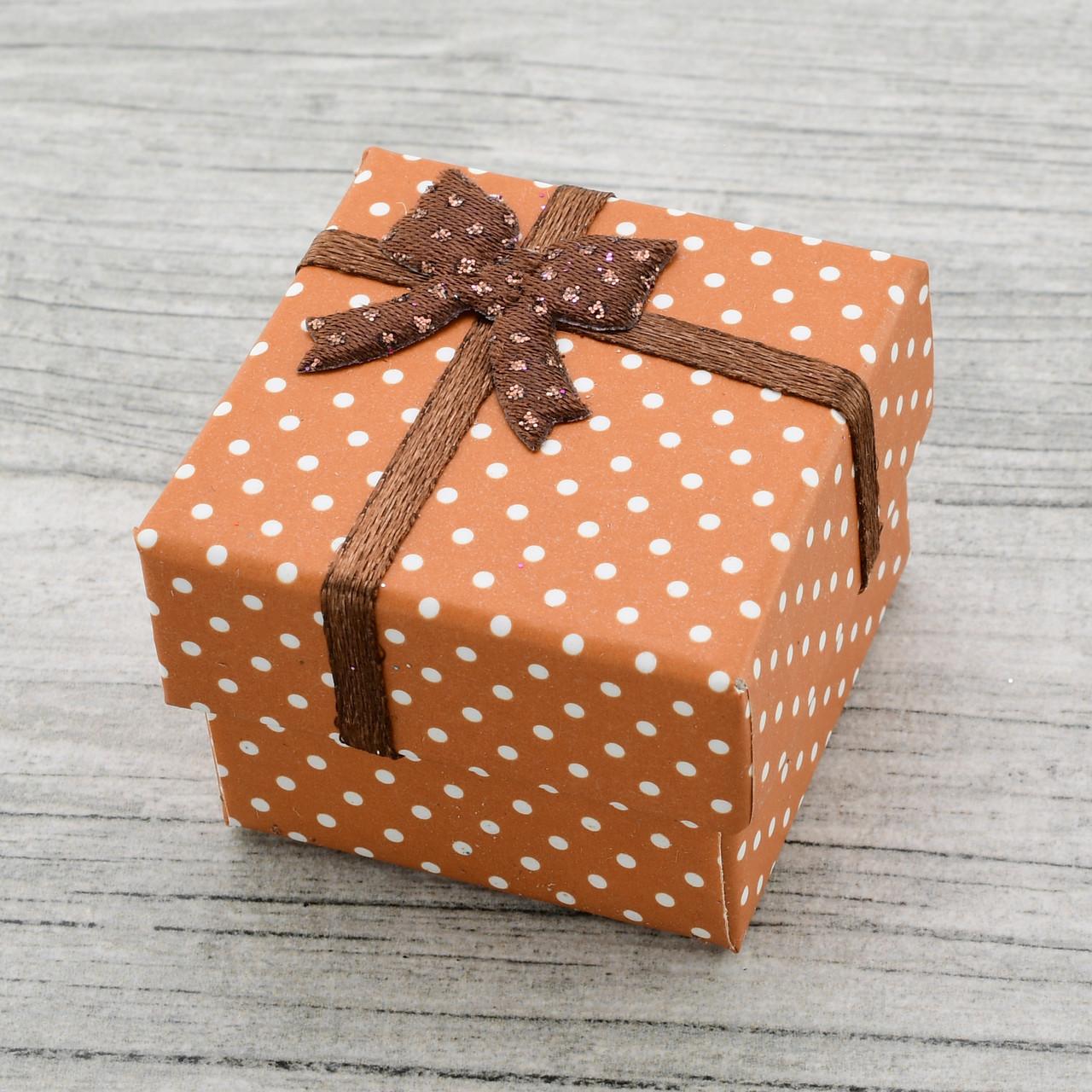 Коробочка маленькая для кольца серег коричневый цвет 741157 размер 4х4 см