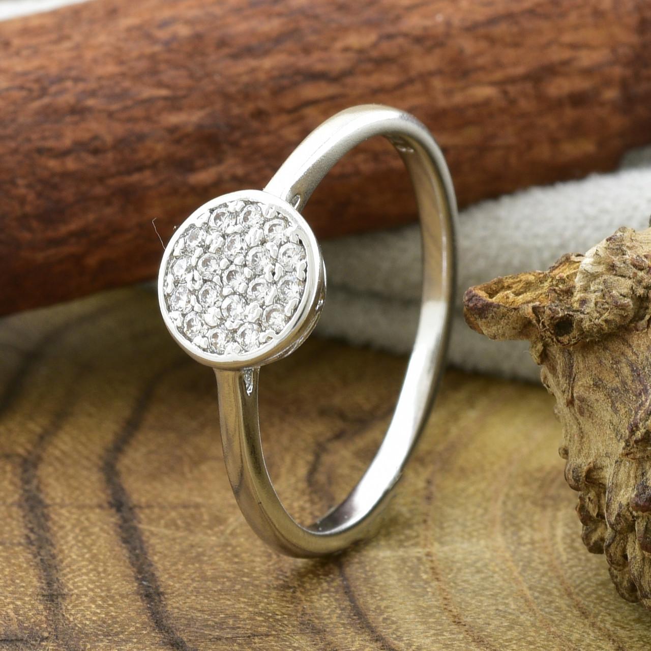 Кольцо Xuping 14726 размер 20 ширина 7 мм вес 1.4 г белые фианиты позолота Белое золото
