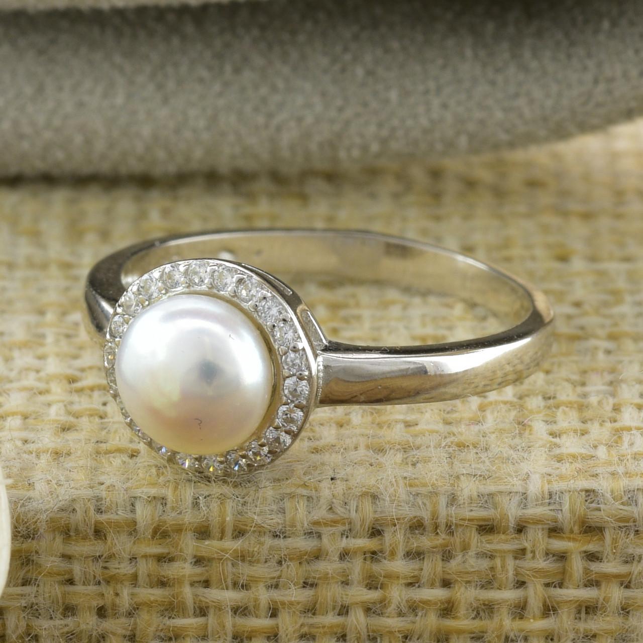 Серебряное кольцо ТС9510291б вставка белые фианиты вес 2.65 г размер 18.5