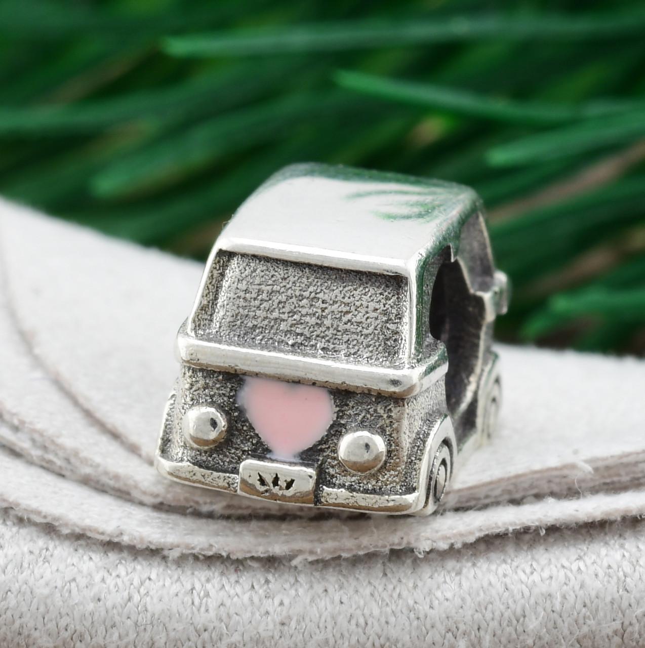 Серебряный шарм Минивэн размер 12х7 мм вставка розовая эмаль вес 2.6 г