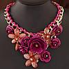Сногсшибательное колье - нагрудник Цветы темно розового цвета