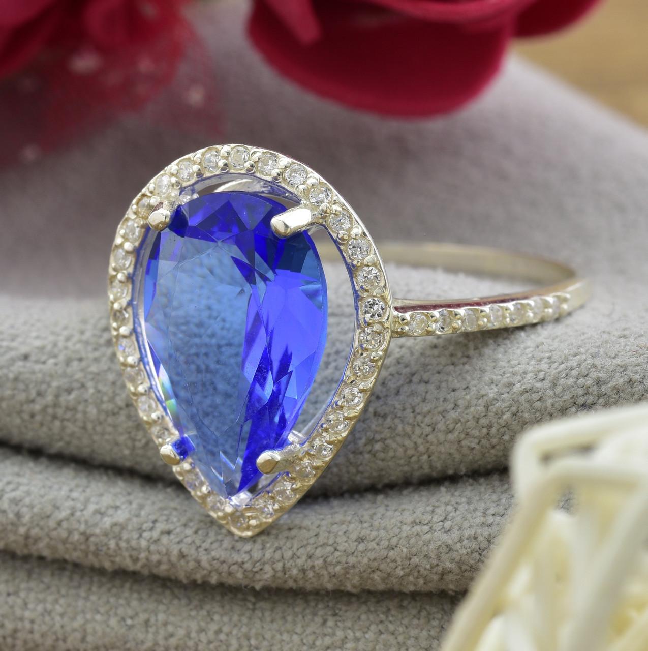 Серебряное кольцо Катюша, вставка светло синий и белые фианиты, вес 2.55 г, размер 19.5