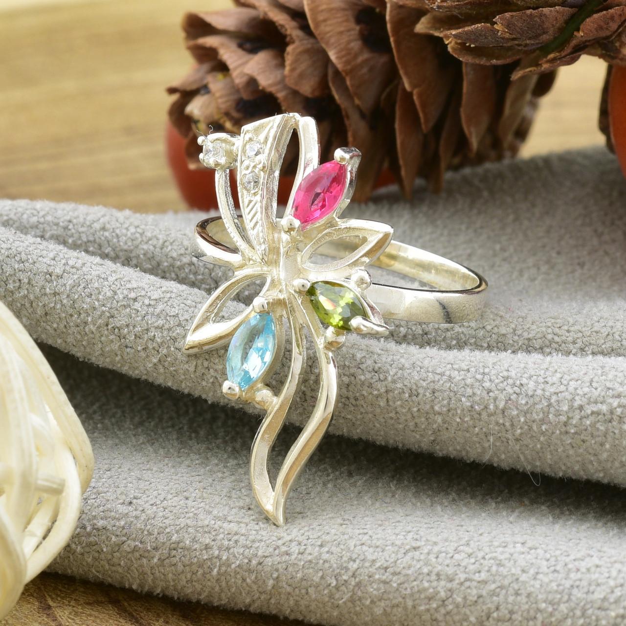Серебряное кольцо Азалия вставка разноцветные фианиты вес 2.4 г размер 20