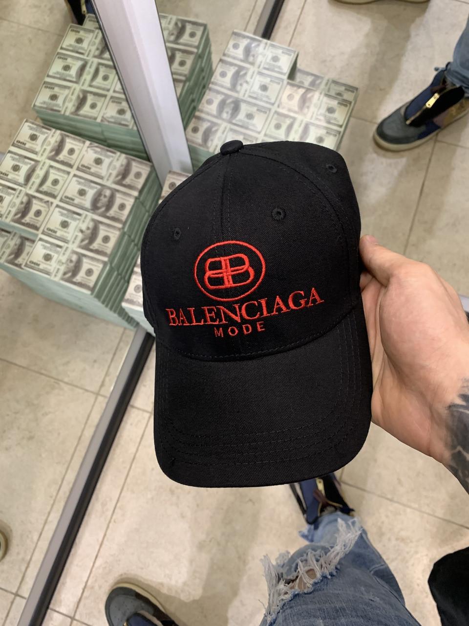 Кепка BALENCIAGA премиум копия реплика бейсболка тракер снепбек