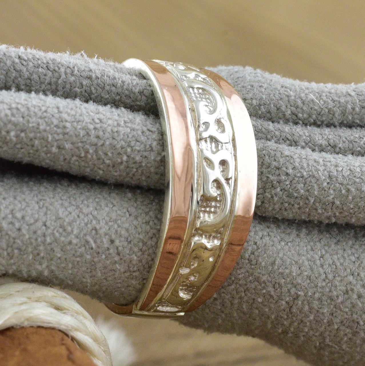Серебряное кольцо с золотом Кира вес 2.6 г размер 17.5