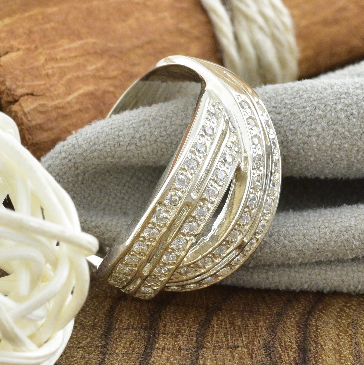 Серебряное кольцо Варшава вставка белые фианиты вес 5.2 г размер 20