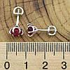 Серебряные серьги гвоздики размер 6х6 мм рубиновые фианиты вес 1.24 г, фото 3