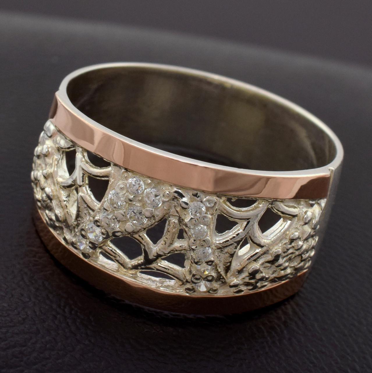 Серебряное кольцо с золотом Лоза вставка белые фианиты вес 5.0 г размер 19.5