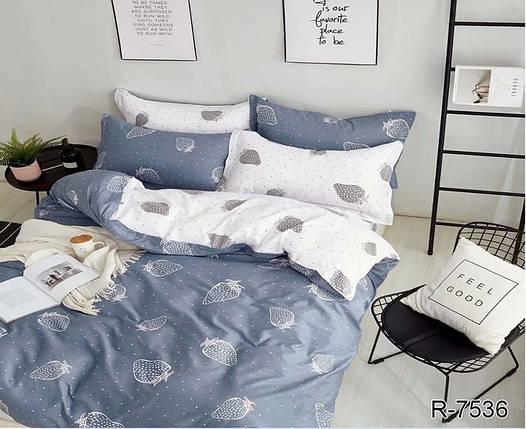 Двуспальный комплект постельного белья серого цвета с клубникой в горошек, Ранфорс, фото 2
