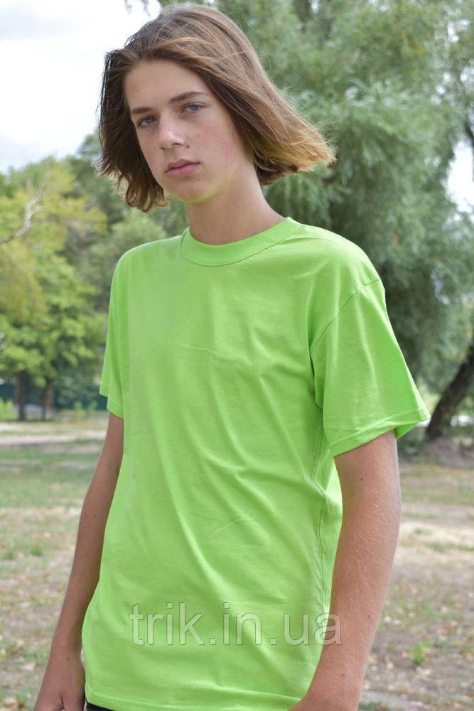 Подростковая футболка светло салатовая