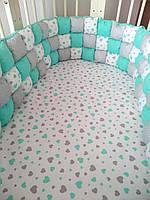 Бортик в кроватку (бирюзовый) помпоны MamBaby