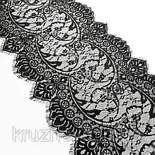 Ажурное французское кружево шантильи (с ресничками) черного цвета шириной 34 см, длина купона 2,9 м.