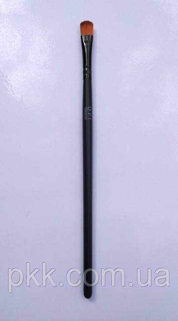 Кисть для макияжа Q.P.I. PROFESSIONAL для бровей и век искусственная 18 см СВ 0690