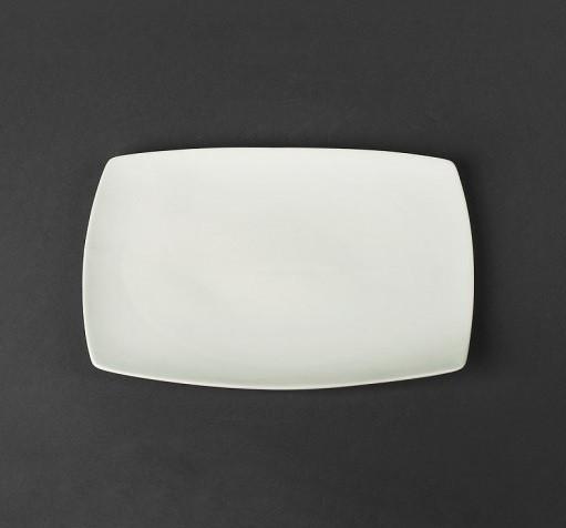 Тарелка мелкая прямоугольная 250*170 мм (фарфор) арт.1176