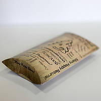 Коробочки в форме пирожок удобна для упаковки разнообразных подарков и сувениров.