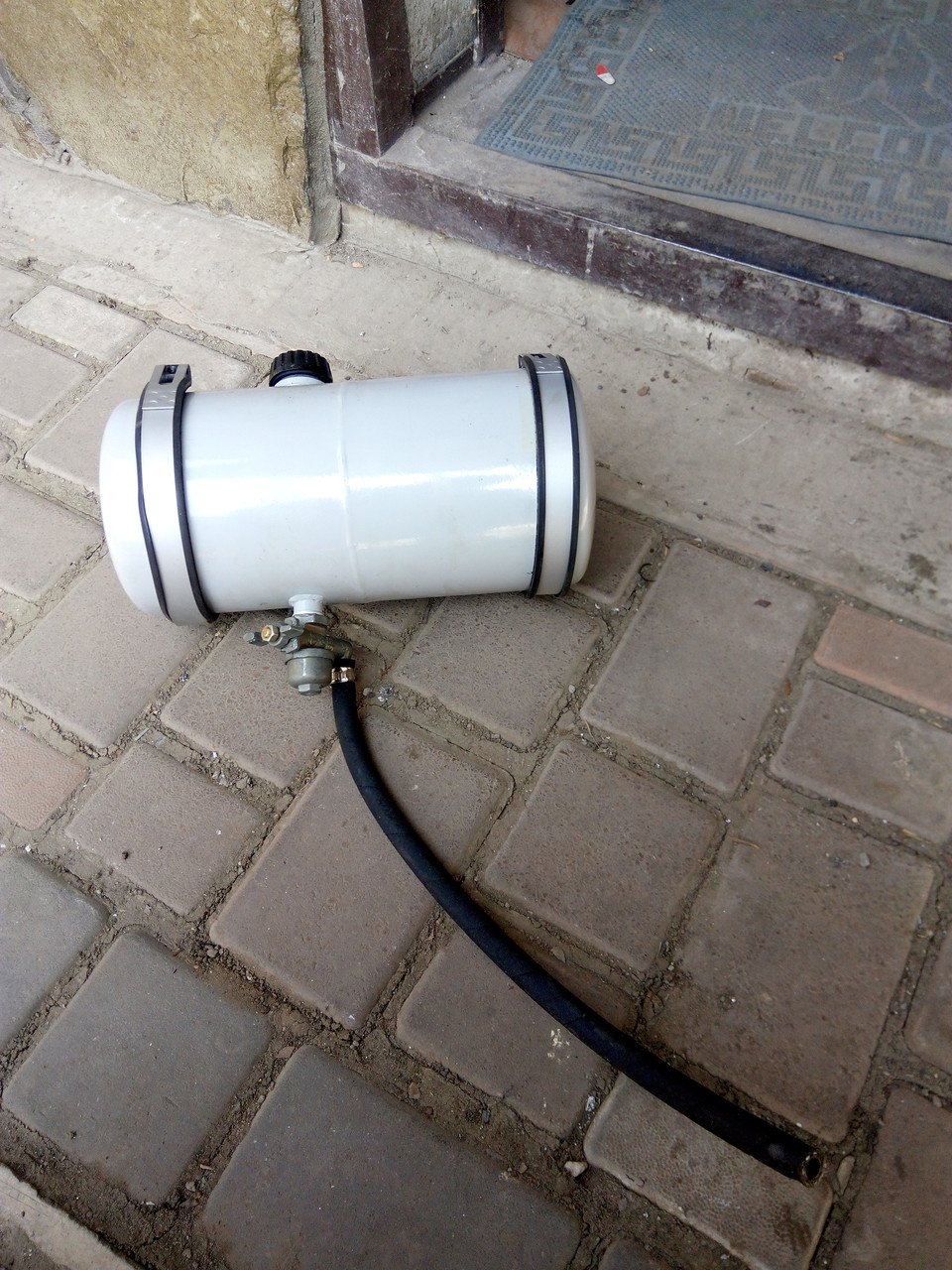 Бак бензиновый с краном к газонокосилке Мотор Сич двигатель Д-70