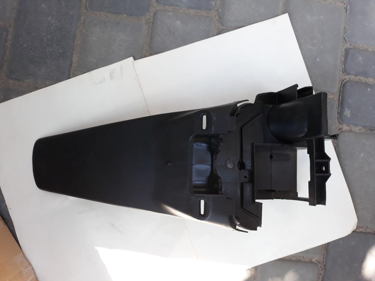 Задний пластик ( хвост) на скутер Honda Dio AF 34,35