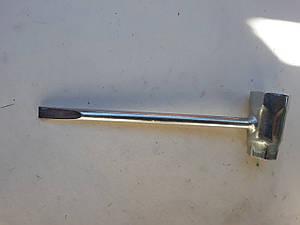 Ключ свечной до бензопилы Grunhelm GS4000,4500