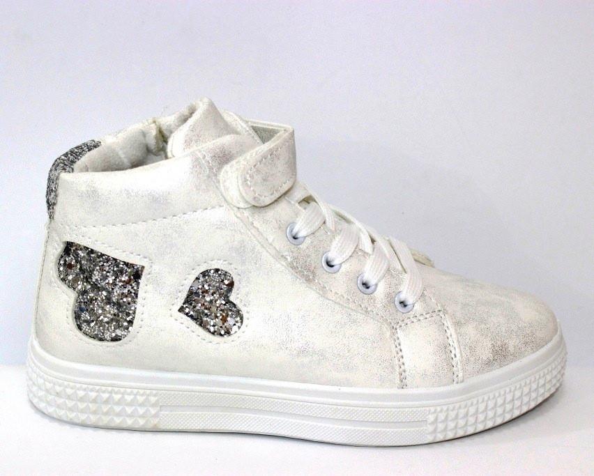 Ботинки для девочек на шнуровке демисезонные в белом цвете