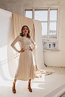 Женственное платье бежевого цвета, фото 1