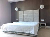 """Двоспальне Ліжко """"Mono"""" 160*200 з м'яким узголів'ям у формі плиток."""