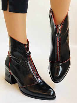 Женские осенне-весенние ботинки  средний каблук. Натуральная кожа.Высокое качество. Р. 38.39 Vistally