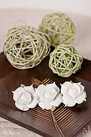 Заколка для волос белые розы из фоамирана 10 см