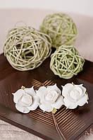 Заколка для волос белые розы из фоамирана 10 см, фото 1
