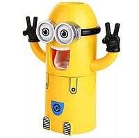 Дозатор зубної пасти RIAS Minions Wash Kit у вигляді Міньйона (4_00371)