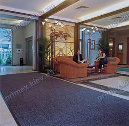 Грязезащитный ковер в вестибюле помещения