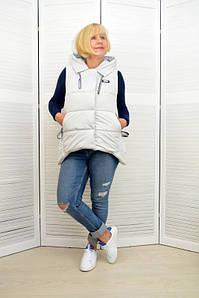 Женская жилетка с капюшоном светло-серая - Модель Х1