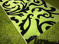 Дорожка ковровая зелёная с чёрным вензелем, ширина: 80(2,56); 100(3,33;8,6); 120 см