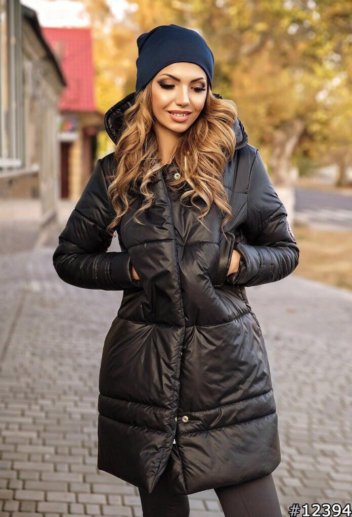 Приталенная удлиненная куртка с капюшоном