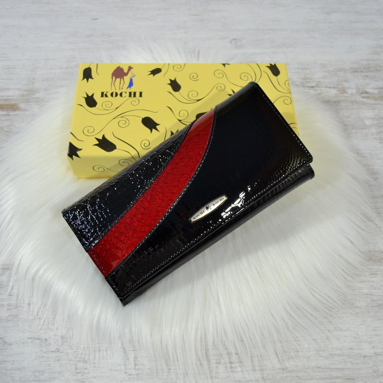 Кошелек Kochi из натуральной кожи под лаком черно-красный женский