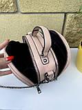 Сумочка кругляш Shine с длинным ремешком-цепочкой через плечо пудра женская, фото 6