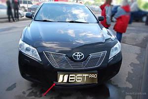 Накладка на решетку радиатора хром Toyota Camry 40 2006-2010