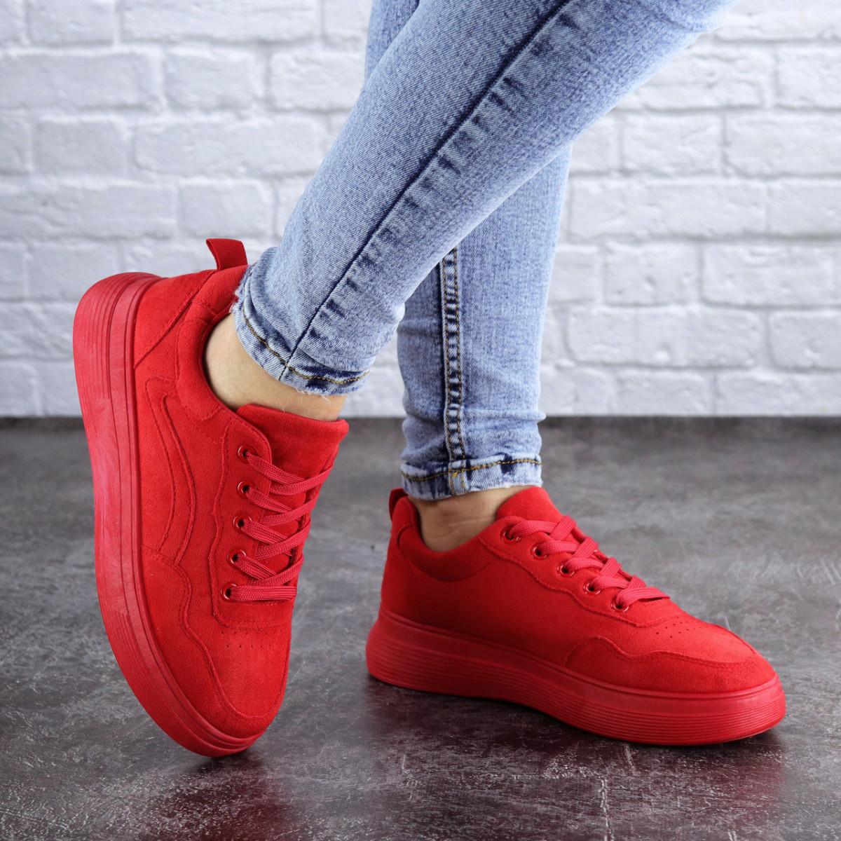 Женские красные кроссовки Momo 2078 (37 размер)