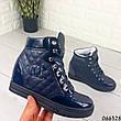 Женские ботинки демисезонные синие на танкетке из эко кожи + эко лак. Внутри текстильная подкладка, фото 4