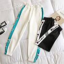 Женские спортивные штаны джоггеры на резинке с лампасами 68bu529, фото 3