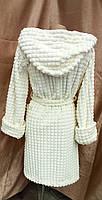 Короткий махровый халат на запах с капюшоном Соты Молочный, фото 2