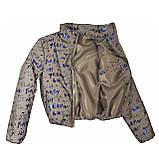 Куртка женская светоотражающая из рефлективной ткани с принтом Буква серебряного цвета, фото 10