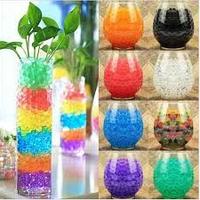 Гелеві кульки для поливу квітів та декору