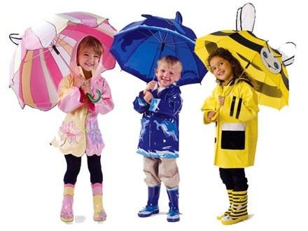 Детские зонты, дождевики, резиновые сапоги