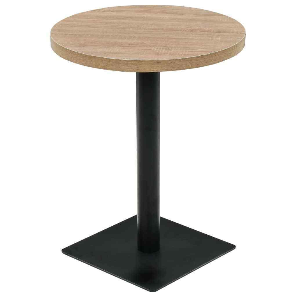 Круглые столы в кафе из натурального дерева