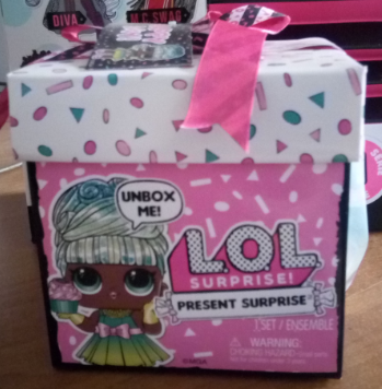 Кукла Лол подарок LOL Surprise Present Surprise Doll with 8 Surprises