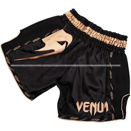 Шорты для тайского Venum Giant Muay Thai Shorts Black Gold, фото 2