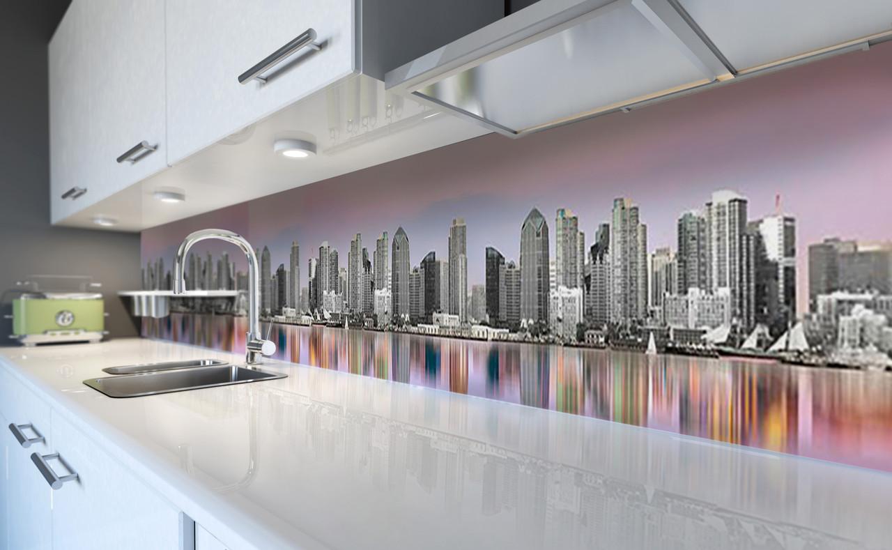 Виниловый 3Д кухонный фартук Радужное отражение (самоклеющаяся пленка ПВХ скинали) город небоскребы Серый 600*2500 мм