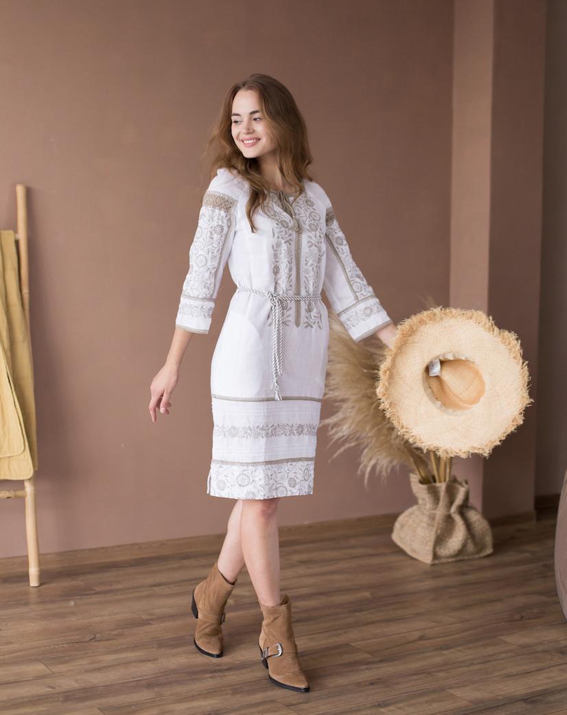 Платье с этно орнаментом Джерело