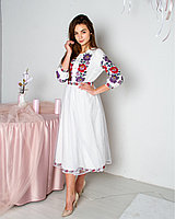 Белое красивое платье вышиванка из качественной ткани от производителя